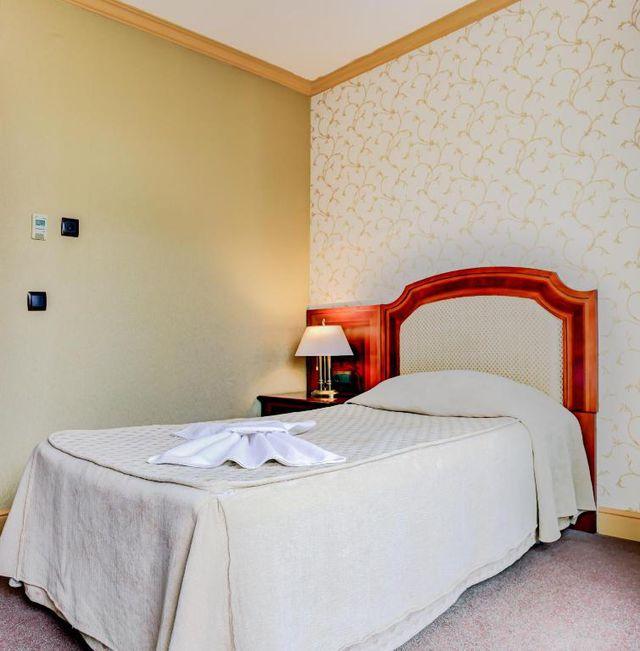 Хотел Романс - SGL room